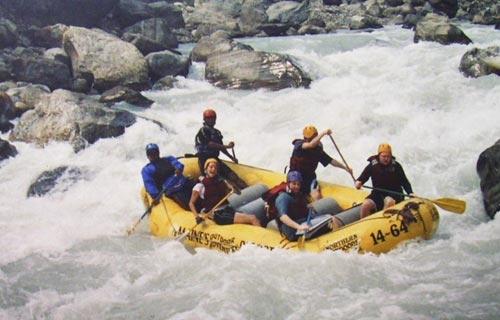 Rafting in Marahyangdi River