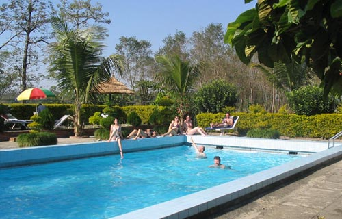 Baghmara Resort - Swimming Pool